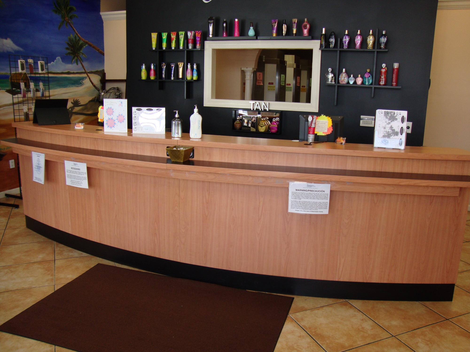 Front Desk For Salon - Hostgarcia